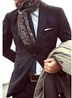 Männerschal mit Muster