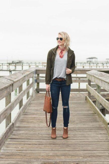 schal jacke jeans